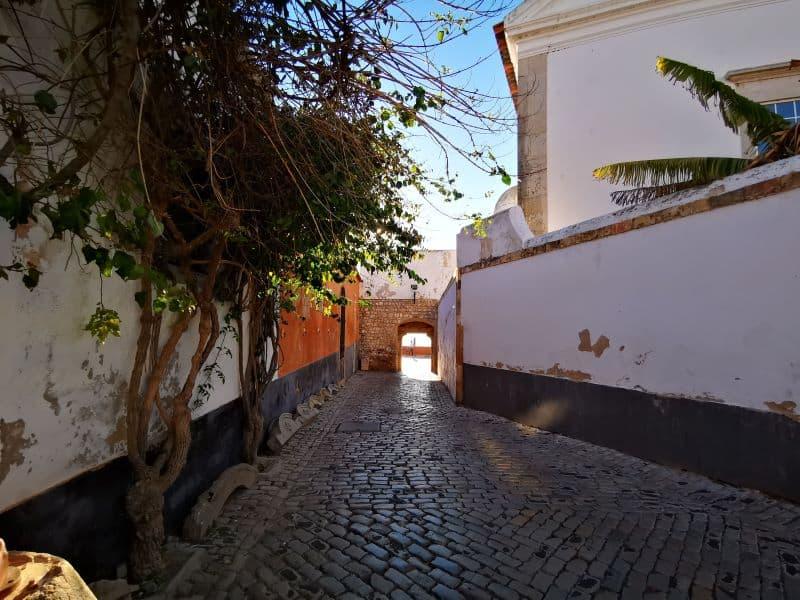 discover Faro