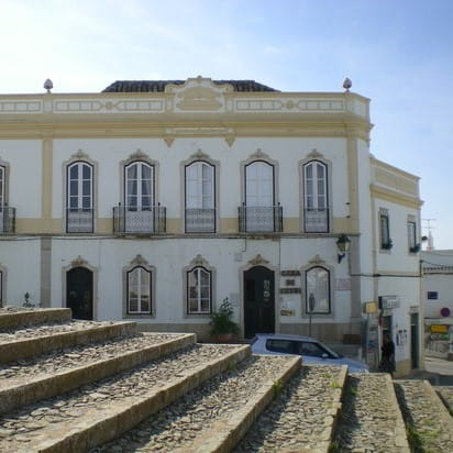 Faro airport transfer to Estoi